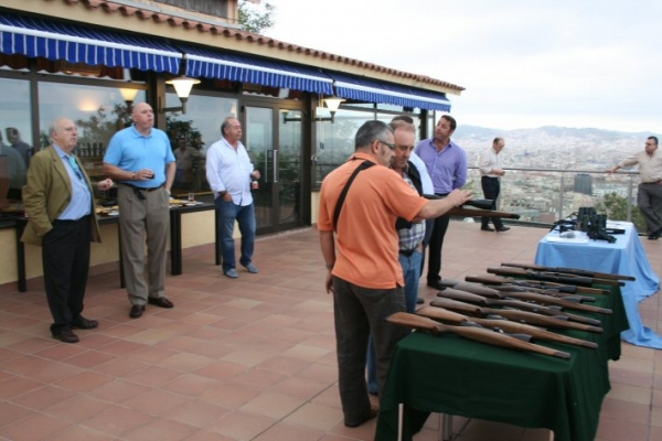 Swarovski presenta sus novedades en Barcelona, junto a la Armería Izquierdo