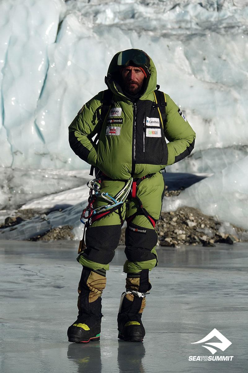 Alex Txikon, alpinista   Embajador Sea to Summit 08   Esteller
