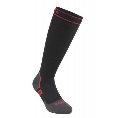 710075 HW Knee Red_Black 3_4.jpg