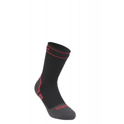 710076 HW Boot Red_Black 3_4.jpg