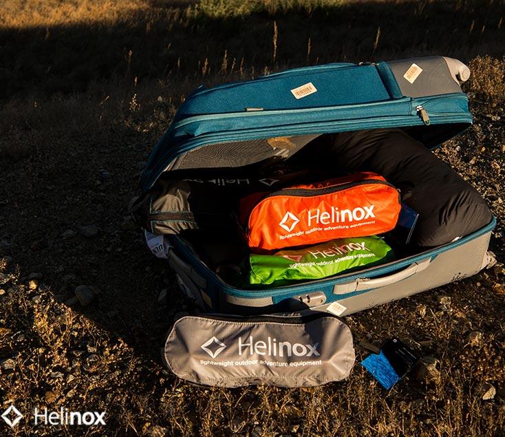 Mesa plegable con sillas para camping Helinox I Esteller