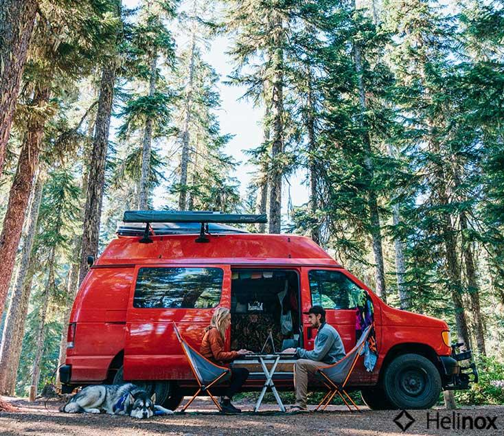 Mesa y sillas plegables para camping Helinox I Esteller